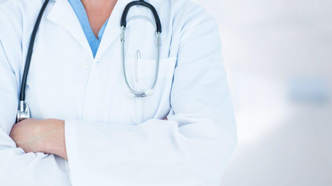 Come viene effettuata una visita proctologica?